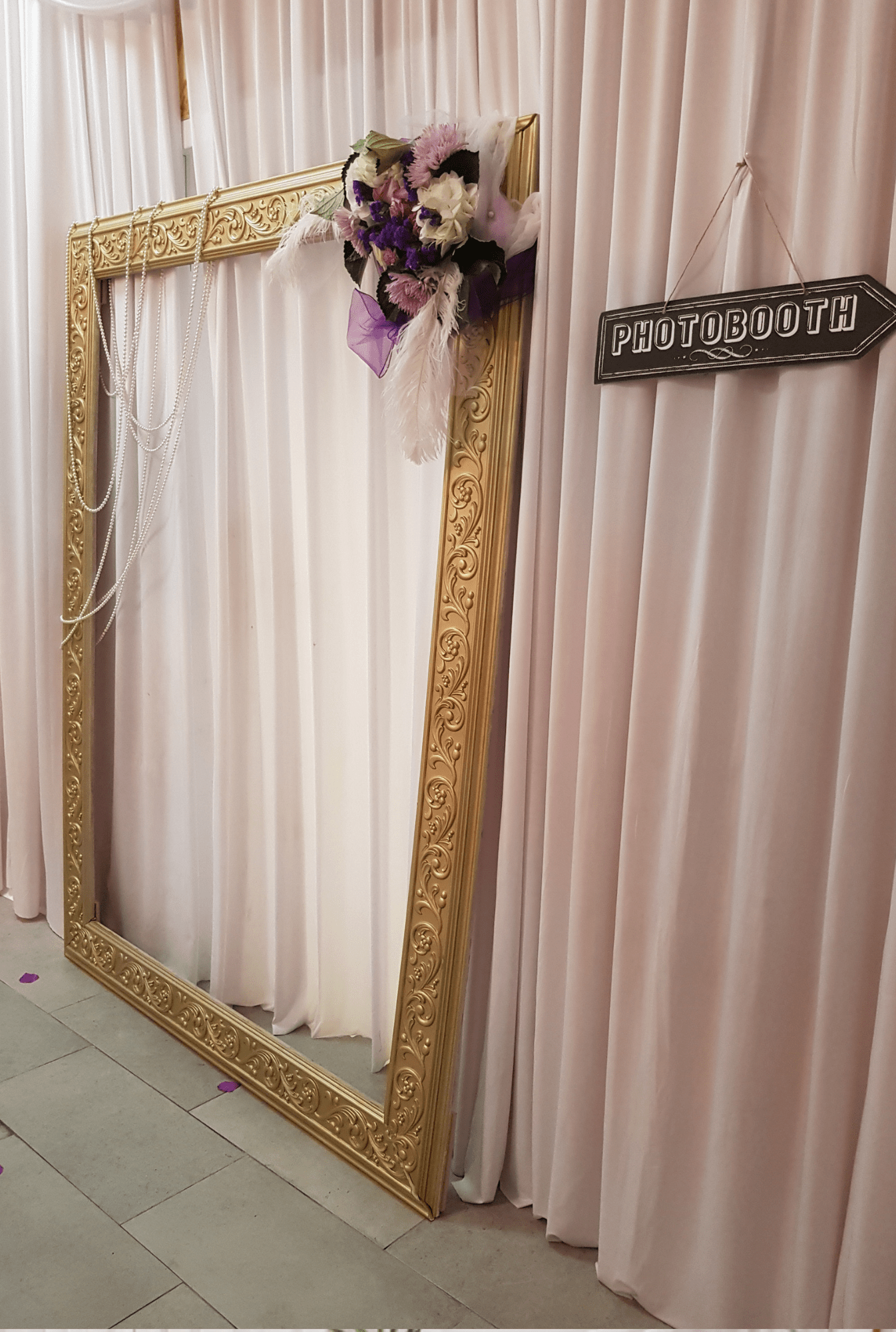 Photobooth Kissbooth Décoration Personnalisée Exotic Ile De France Et Normandie A Votre Mariage